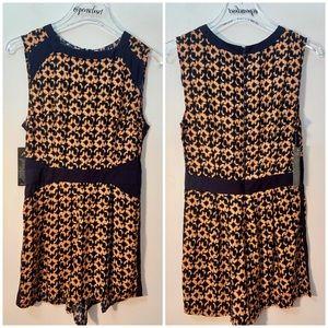 AX Paris NWT Sleeveless Navy Orange Romper Shorts